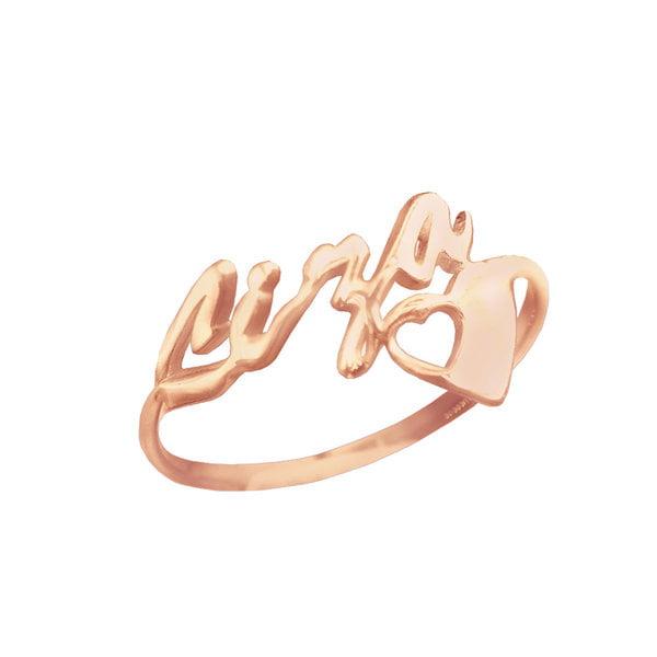 Золотое кольцо с именем и сердечком
