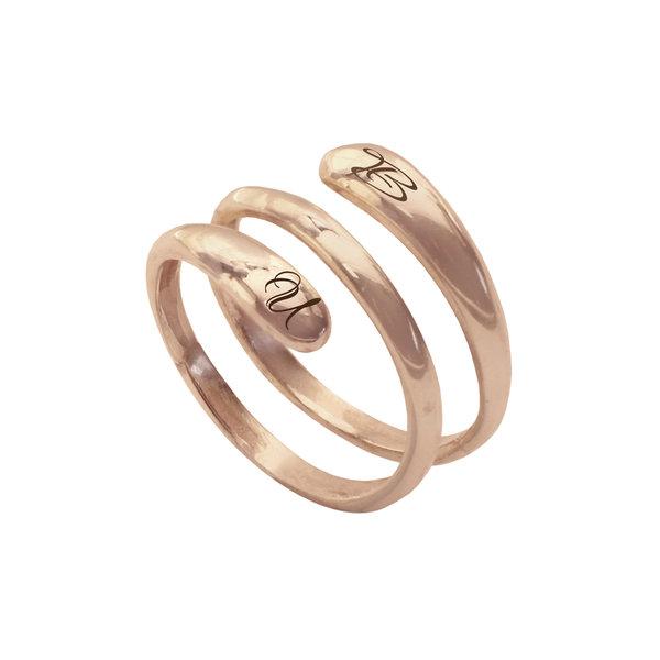 Серебряное кольцо-спираль с надписью с позолотой