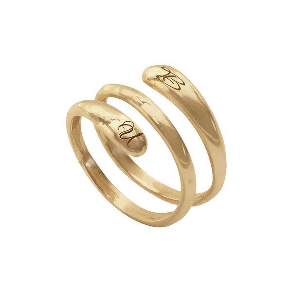Серебряное кольцо-спираль с надписью с желтой позолотой