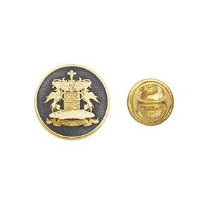 Значок из желтого золота с фамильным гербом