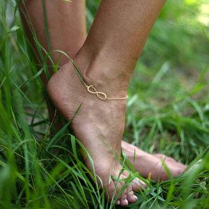 Серебряный браслет бесконечность на ногу с именами